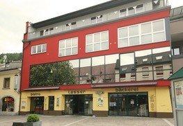Wohn- und Geschäftshaus - Bäckerei Lasser / Papa Joe's