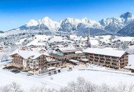 die-hochkoenigin-magic-mountain-resort-hotel-maria-alm-salzburger-land-aussenansicht-winter-cs